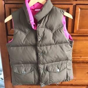 EUC American Eagle reversible puffed vest.